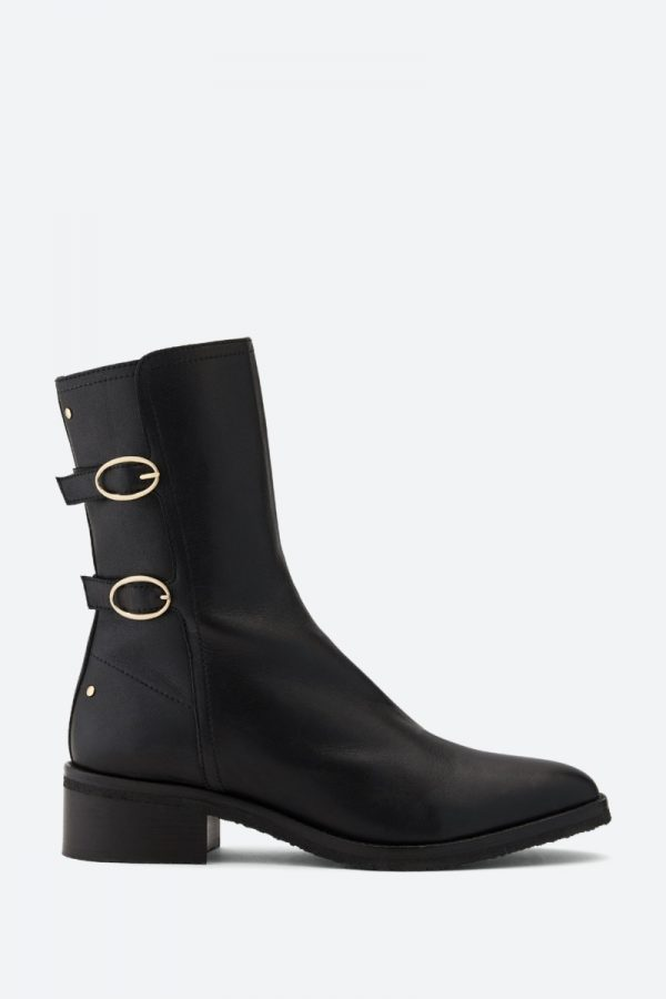 Vanessa Bruno flat ankle boots