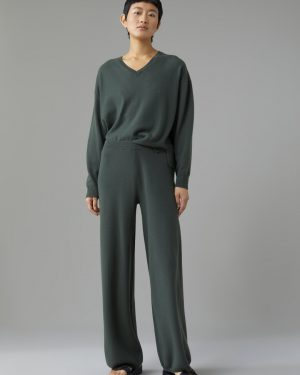 Closed Knitted Pants