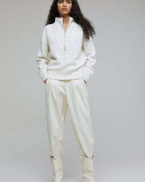 Closed-Ivory Lambswool Troyer